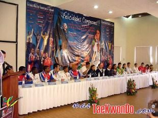 2011-11-10_(33012)x_Rueda-de-prensa_La-Loma_Taekwondo_01