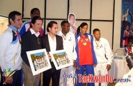 2011-11-10_(33012)x_Rueda-de-prensa_La-Loma_Taekwondo_05
