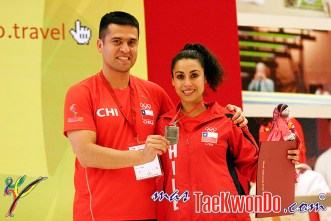 2011-12-07_(34521)x_Taekwondo-Chile_Felipe-Soto_Yeny-Contreras