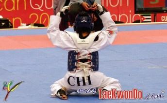 2011-12-07_34521x_Taekwondo-Chile_Yeny-Contreras_01-e1323233527972