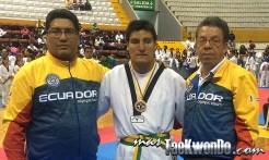 2014-06-04_(85466)x_Ecuador_IMG_2444_