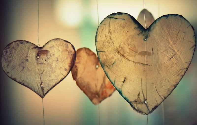 Mira hacia adentro Las-emociones-y-sentimientos-en-el-coraz%C3%B3n-masvital-psicol%C3%B3go-Le%C3%B3n