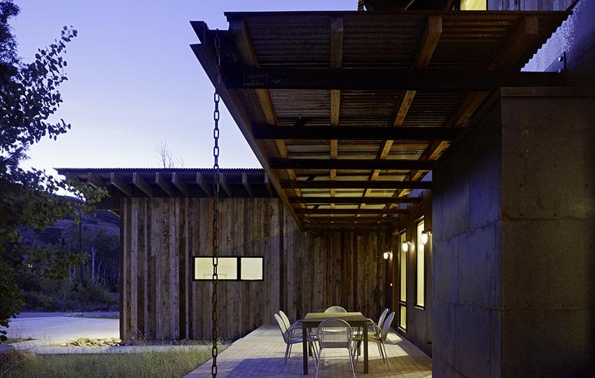 Modern Industrial Barn Architecture by Carney Logan Burke