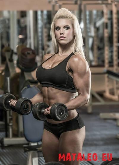 Fitness wysportowana sylwetka kobieca