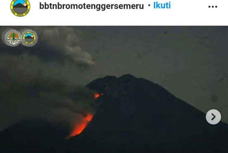 Gunung Semeru Meletus Tiga Kali