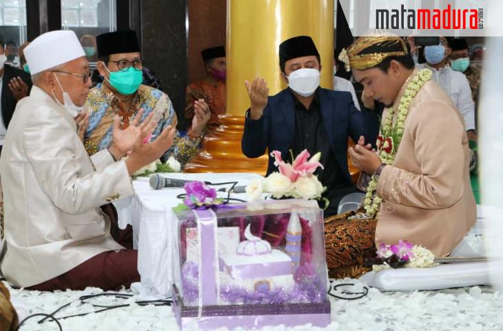 Dua Orang Istimewa Saksi Pernikahan Putri Kedua Bupati Sumenep