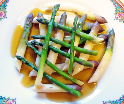 7. Asparges, olje og balsamico