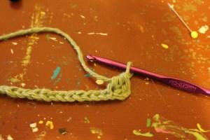 crossed half double crochet