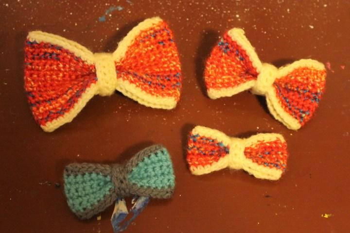 crochet bow