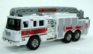 RW003-03 Pierce Quantum Aerial Ladder