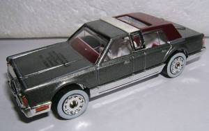 MB197-C2-01 Lincoln Town Car