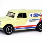 MB713-04 : 1965 Austin Mini Van