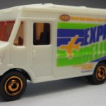 MB787-06 : Express Delivery Truck