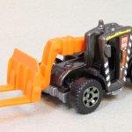 MB856-05 : Load Lifter