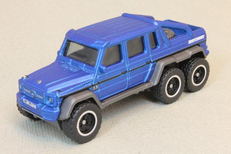 Matchbox Blue GHE-O Predator 393 1//64 Scale Diecast Car Matchboxx