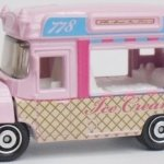 MB778-07 : Heritage Ice Cream Truck