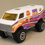 Matchbox MB102-32 : 4x4 Chevy Van