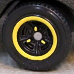 Matchbox Wheels : Tri-Spoke - Yellow