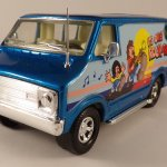Matchbox SuperKings : K80-1-01 : Dodge Custom Van