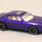 Matchbox MB759-08 : Dodge Challenger SRT8