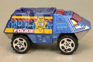 Matchbox MB606 : Armored Response Vehicle
