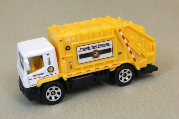 Matchbox MB742 : Garbage Truck
