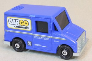 Matchbox MB993 : Delivery Service Truck