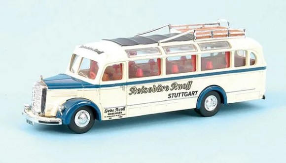 Matchbox Dinky : DY-10 : 1950 Mercedes Benz Omnibus Type D-3500 (Pre-Production)