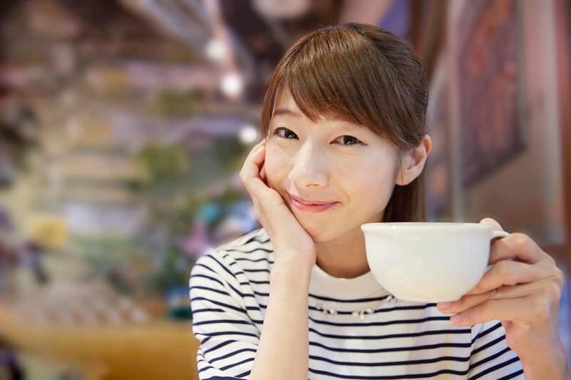 カフェの美人女子