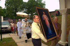 Processing to the Shrine of Divine Mercy