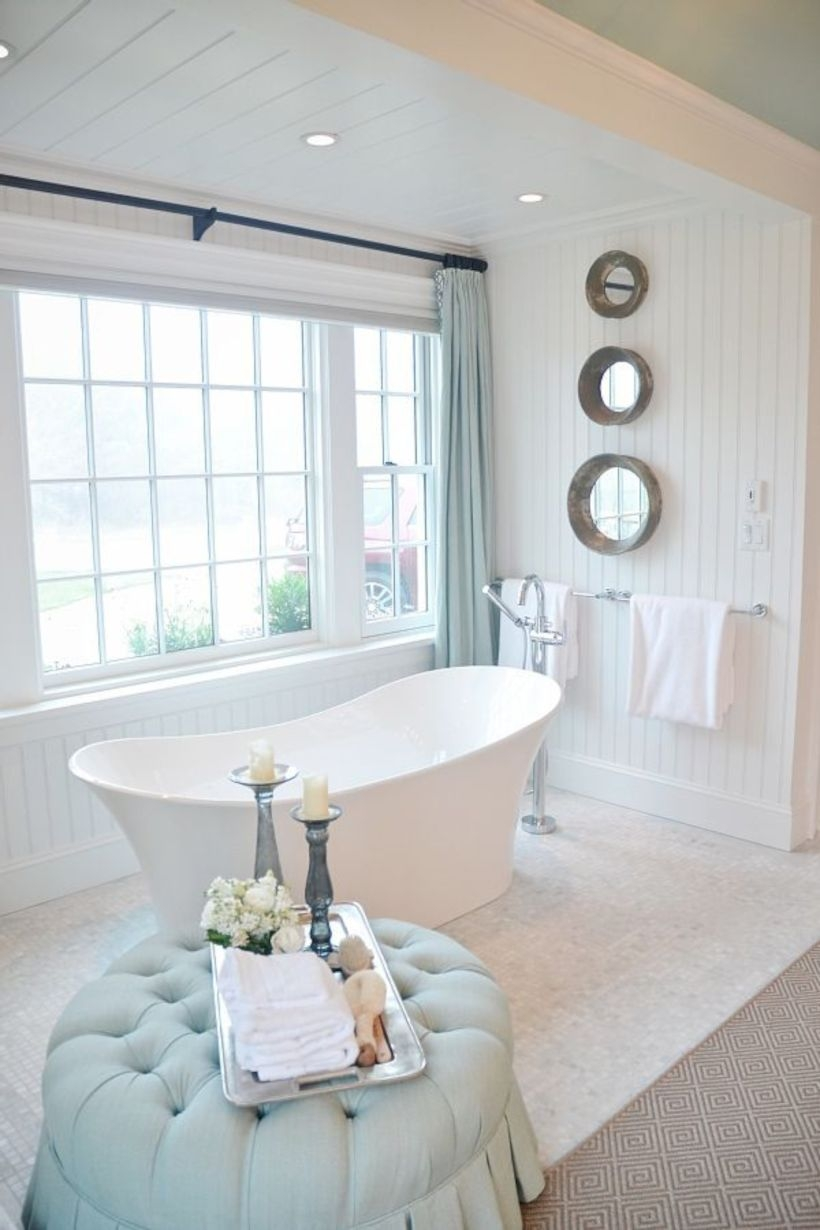 Amazing coastal retreat bathroom inspiration 13