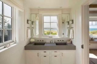 Amazing coastal retreat bathroom inspiration 33