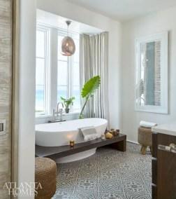 Amazing coastal retreat bathroom inspiration 39