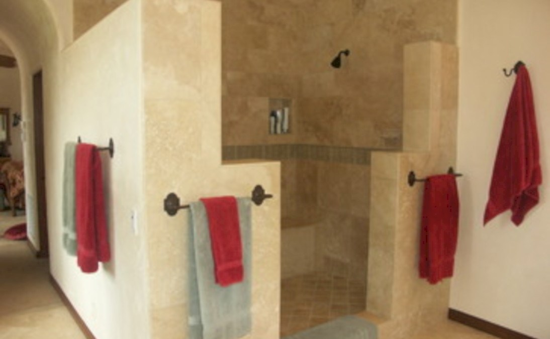 32 Amazing Doorless Shower Design Ideas