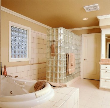Amazing doorless shower design ideas 11