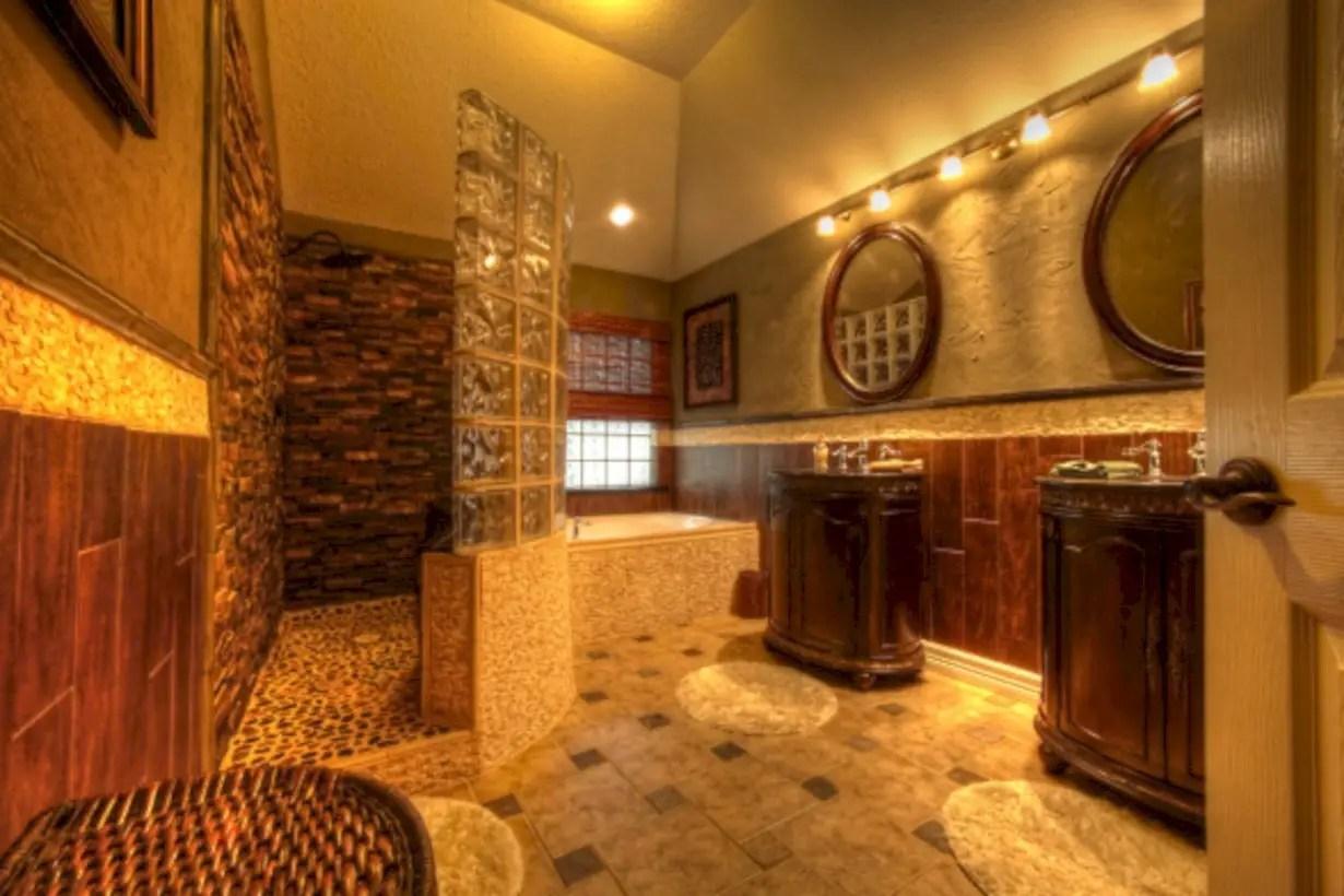 Amazing doorless shower design ideas 18