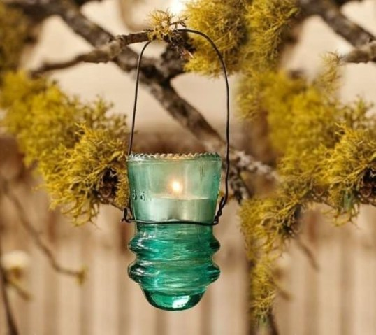 Awesome outdoor junk garden to reuse your old stuff 06