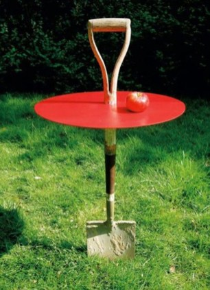 Awesome outdoor junk garden to reuse your old stuff 14
