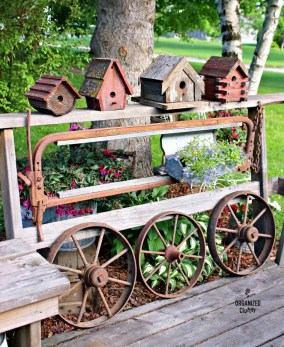 Awesome outdoor junk garden to reuse your old stuff 19