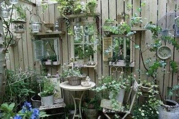 Awesome outdoor junk garden to reuse your old stuff 20