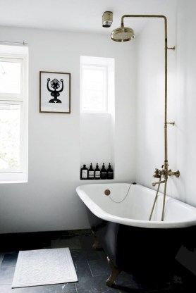 Bathtub and shower tile ideas to beautify your bathroom 16