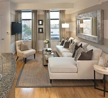 Beautiful living room design ideas with mirror 33