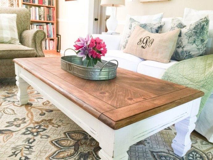 Best chunky farmhouse coffee table 01