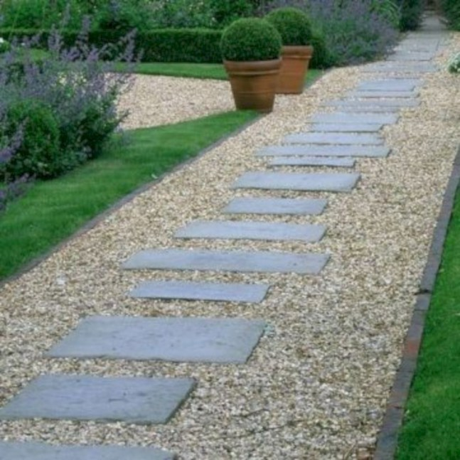 Best garden walkway to envy your visitor 17