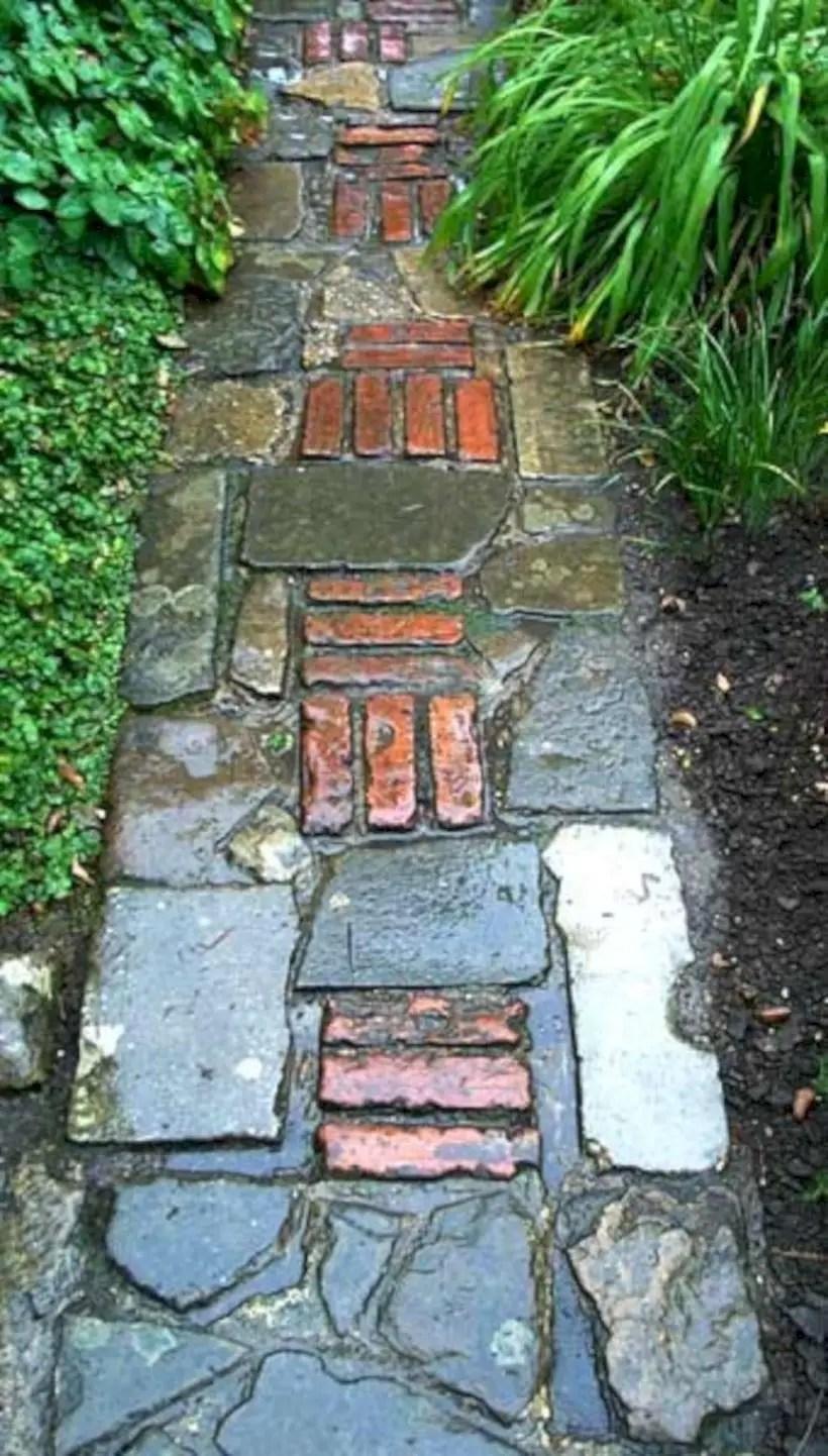 Best garden walkway to envy your visitor 34