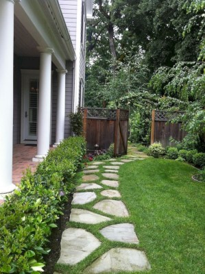 Best garden walkway to envy your visitor 36