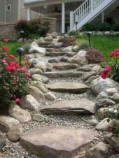Best garden walkway to envy your visitor 45