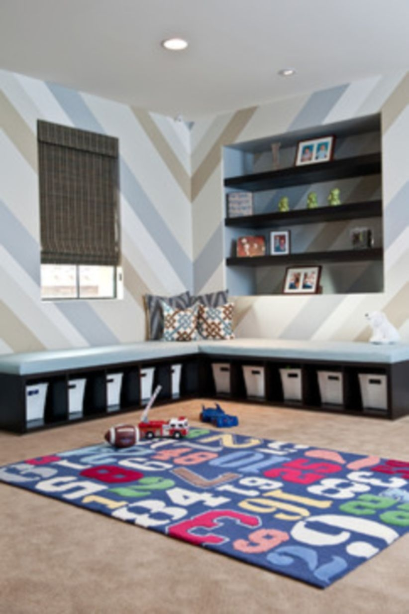 Built-in bench for your basement design ideas 28