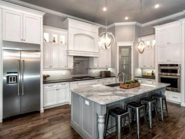 Charming custom kitchens cabinets designs 27