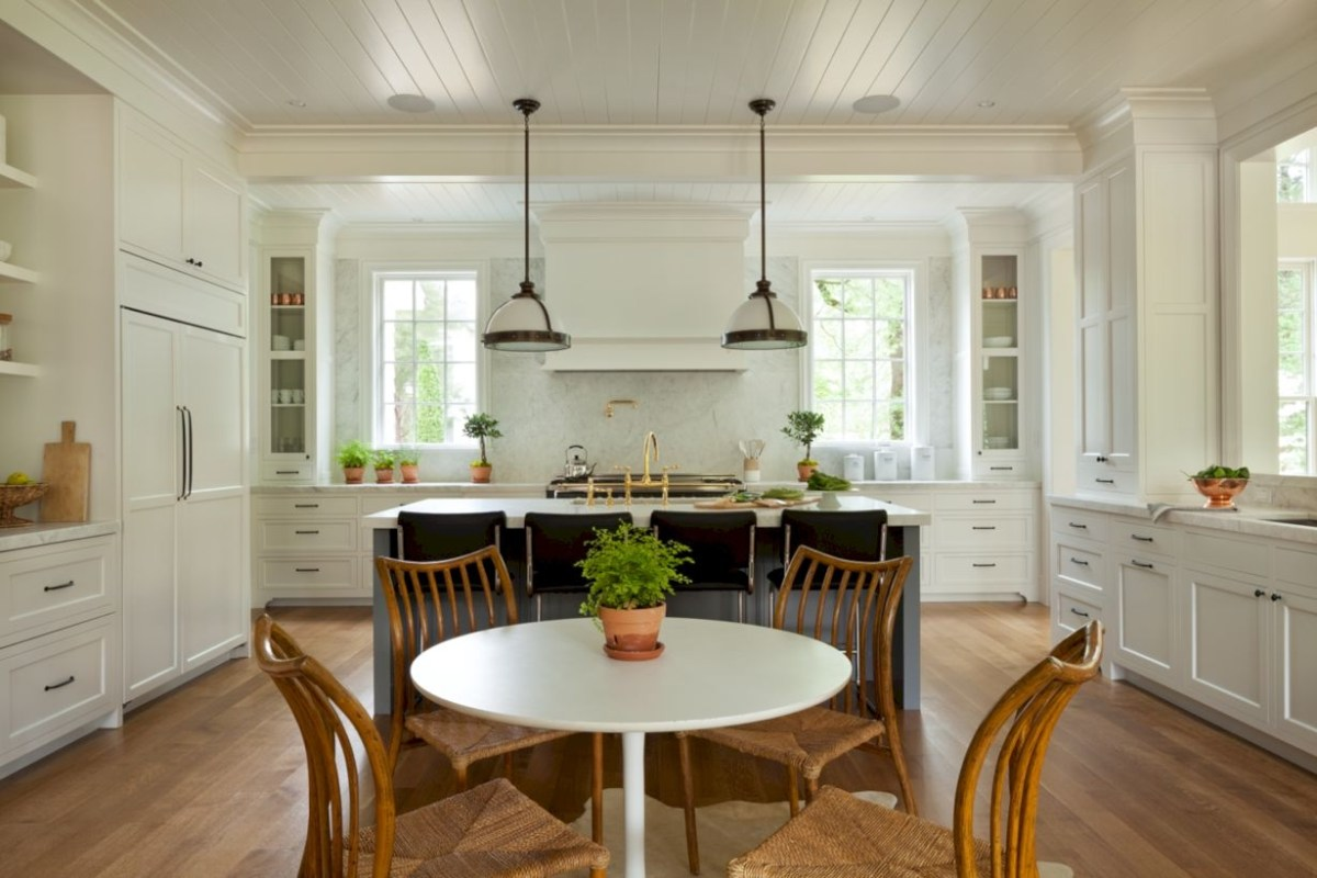 Charming custom kitchens cabinets designs 42